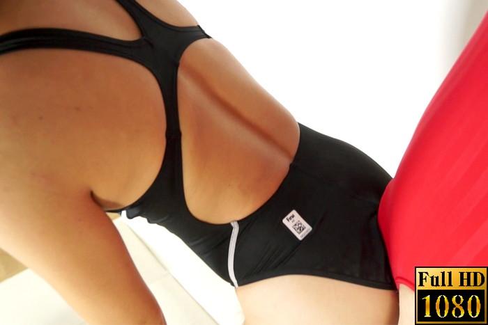 【投稿】【HD】女性用スポーツウェアを着たまま、シゴかれたい!! 競泳水着編3 サンプル画像06