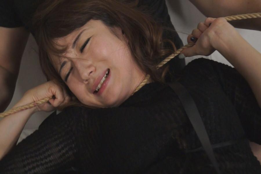 【投稿】傲慢女を首絞めリンチ5 サンプル画像07