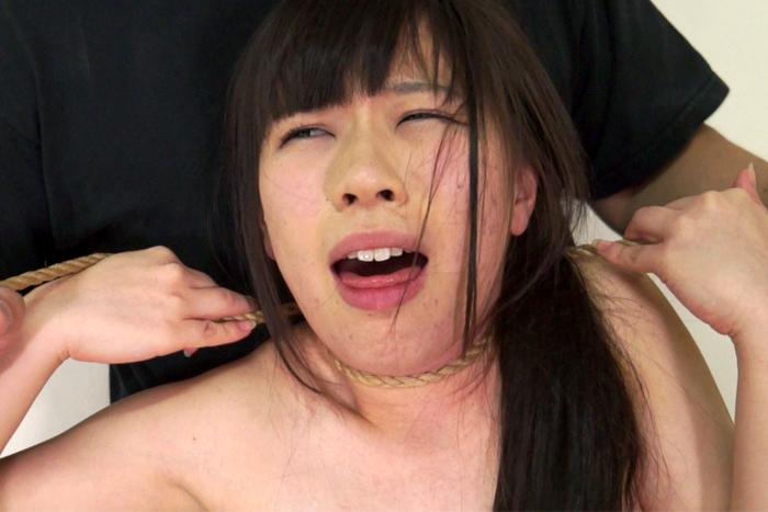 【700ptsOFF!】【投稿】傲慢女を首絞めリンチ10 サンプル画像09