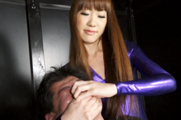 冷酷!!女窒息拷問官 4 サンプル画像09