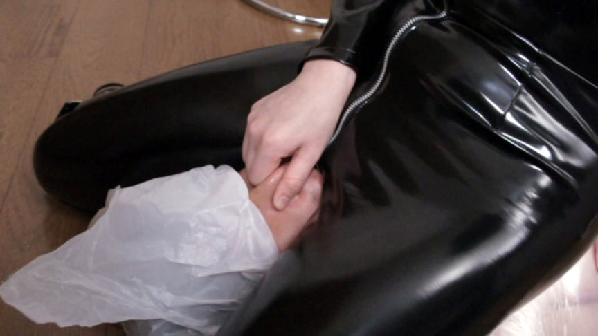 【1000pts!】女殺し屋窒息死刑遊戯 4 サンプル画像10
