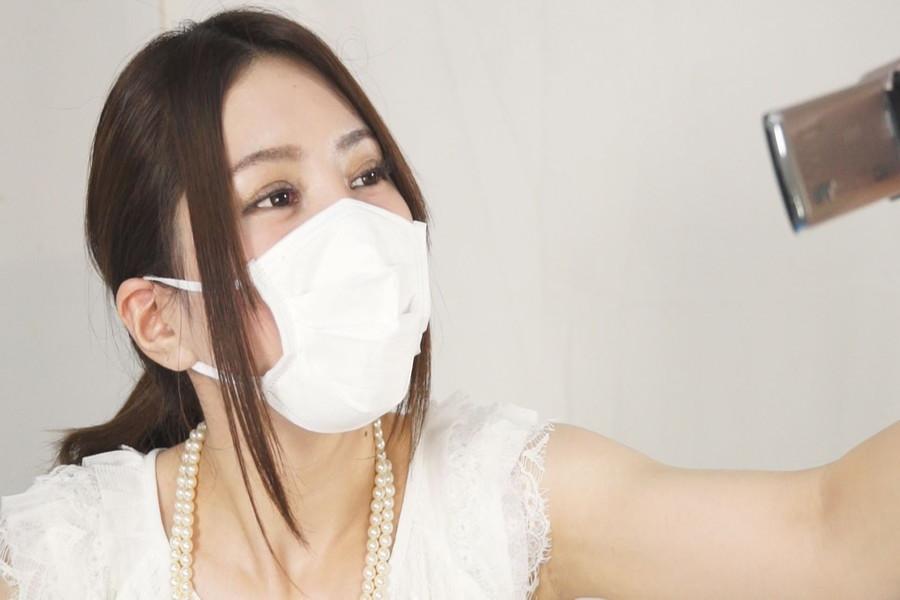 マスク姿のゆうりとみれいをみて! サンプル画像02