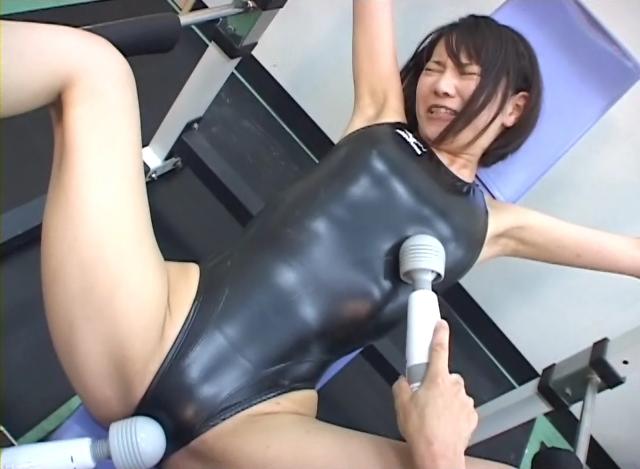 【新特別価格】競水三昧1 SPLASH! 鈴木なつの競泳水着 サンプル画像06
