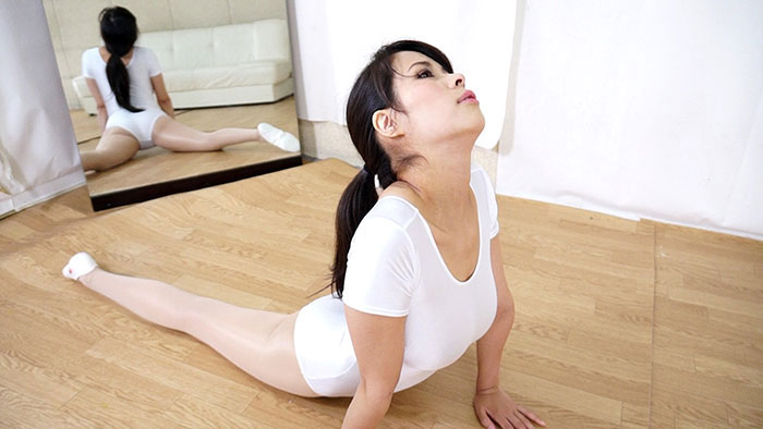 【HD】真木今日子のレオタード サンプル画像08