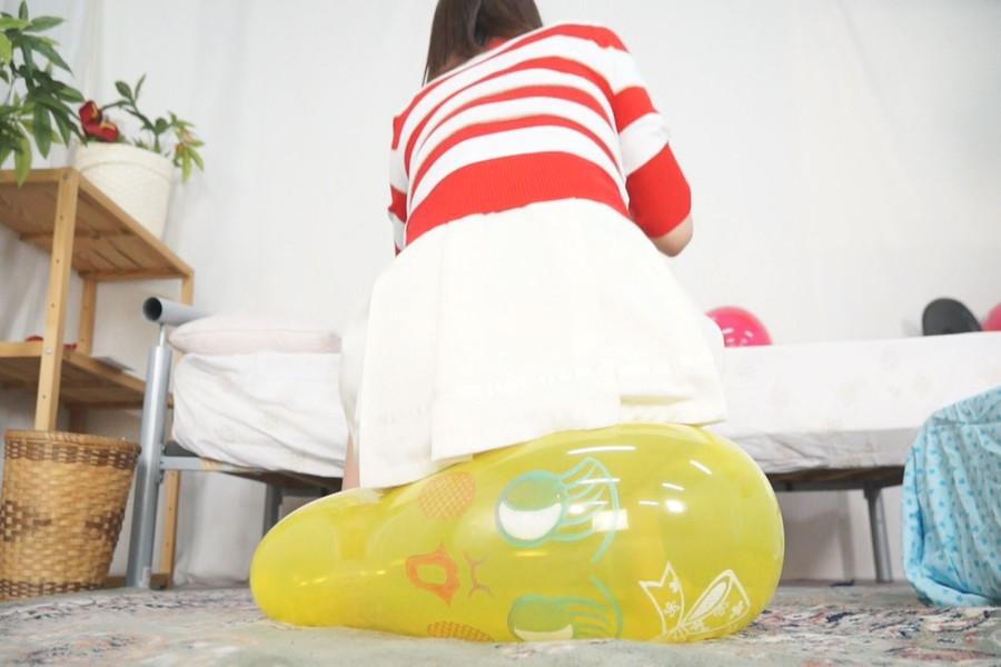 密着!乙女達の風船メロメロオナニー!! サンプル画像03