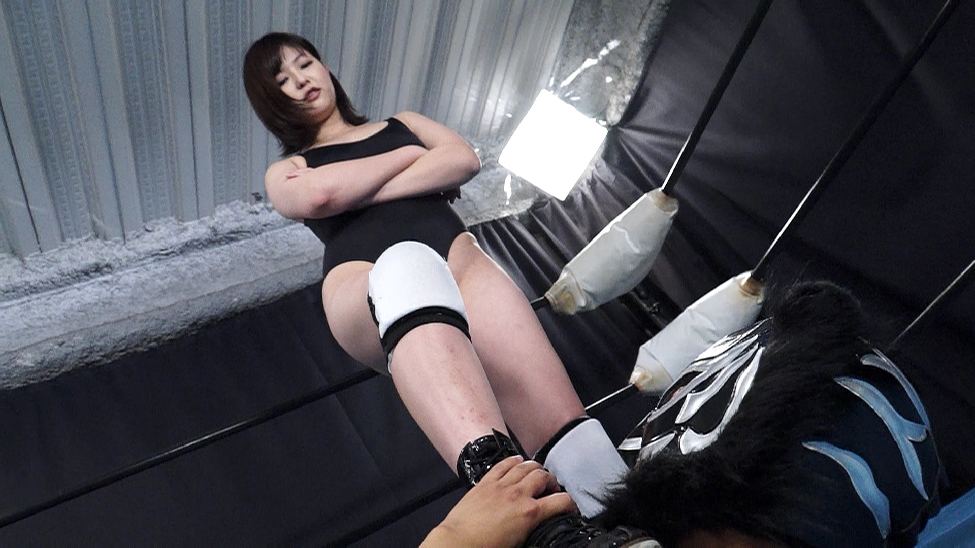 鈴木愛が煩悩寺に挑戦! サンプル画像04