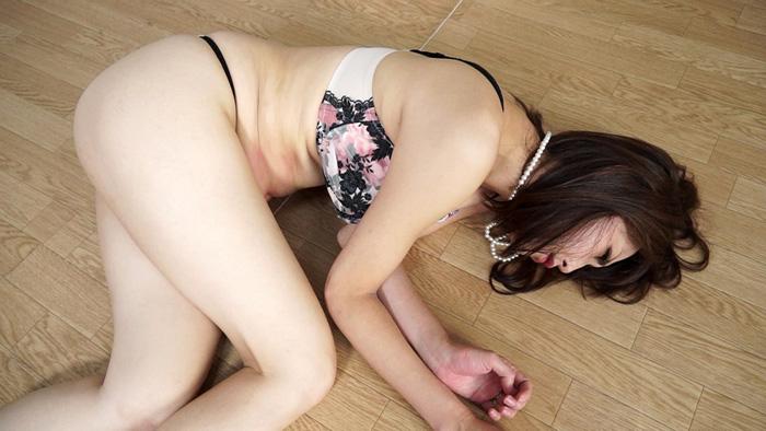 人妻腹パンチ 2 広瀬奈々美さん34歳に暴力をふるってみた サンプル画像10