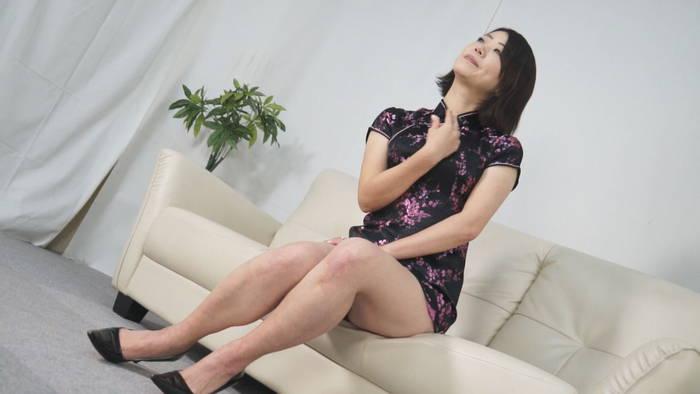 人妻腹パンチ 3 東堂さゆみさん46歳に暴力をふるってみた サンプル画像07