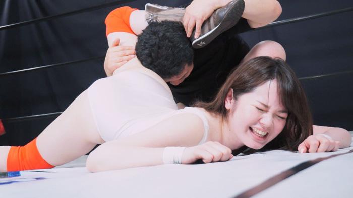 とある女子レスラーの完全敗北(シェラッキング) 15 サンプル画像01