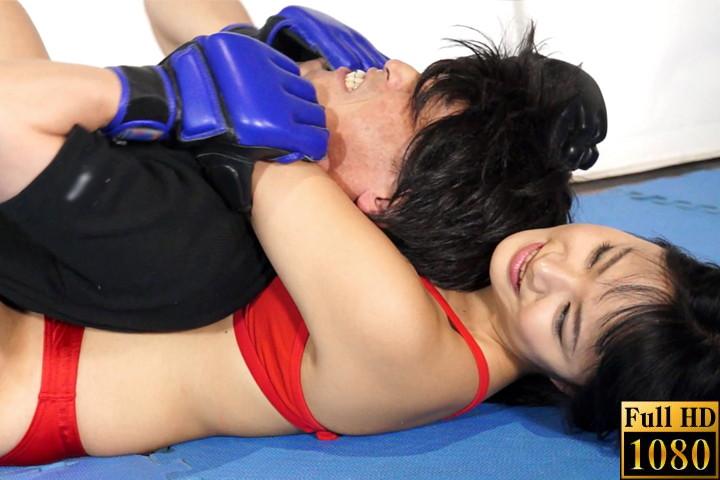 【HD】男女対決1 格闘技ジムの女指導員に犯された!!! サンプル画像03