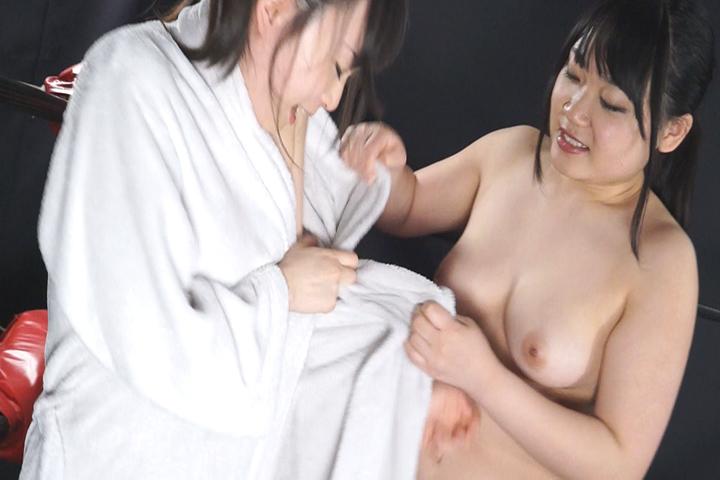 女子プロレス巨乳トップレスファイト Vol.3 サンプル画像02