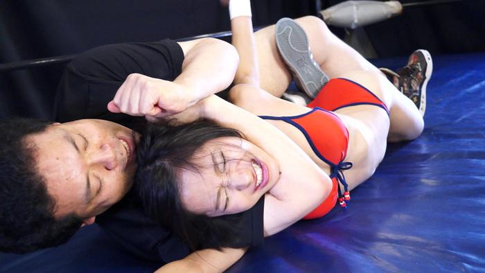 裏ビキニプロレスMIXED8 サンプル画像03