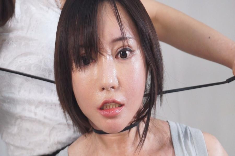 【700ptsOFF!】熟女同士の首絞めくらべ サンプル画像06