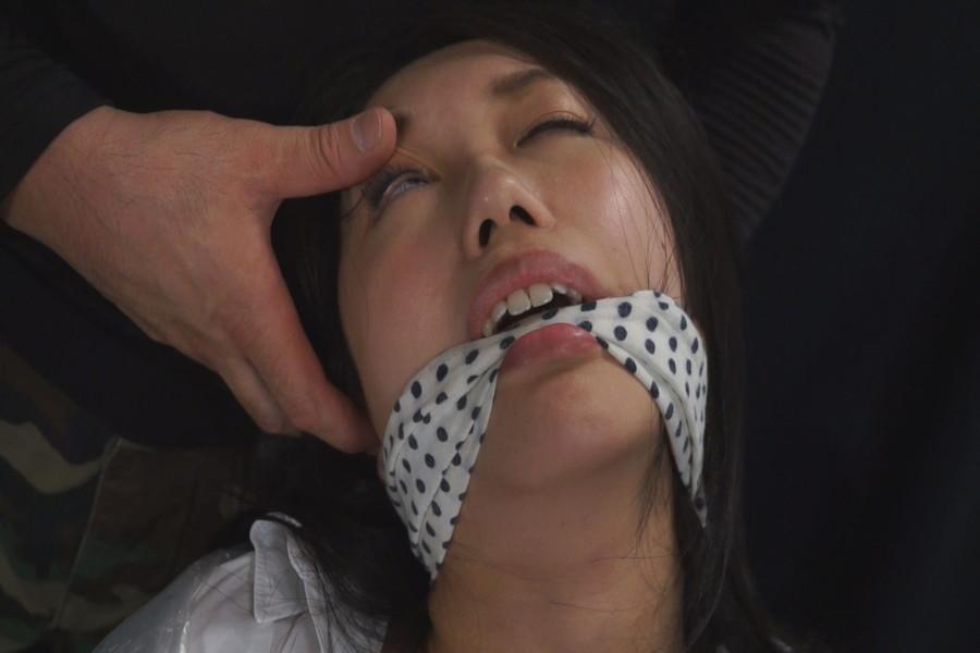 女を首絞め サンプル画像03