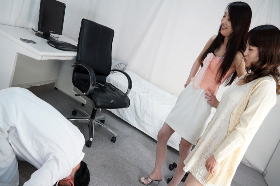 某クリニックを真似してセクハラクリニックを開業したけど、患者さんにお仕置きされちゃったボク サンプル画像02