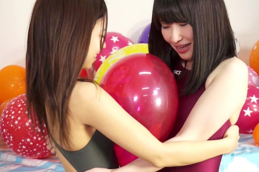 【700ptsOFF!】【HD】中川絢音と安達メイの風船ファンタジー サンプル画像04