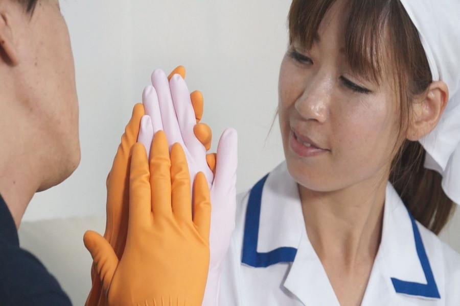 炊事用ゴム手袋のおばさん みなみ40歳 サンプル画像07