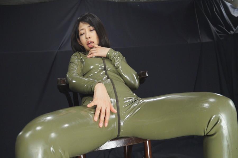 マルチタレント範田紗々 ラバーソウル サンプル画像08