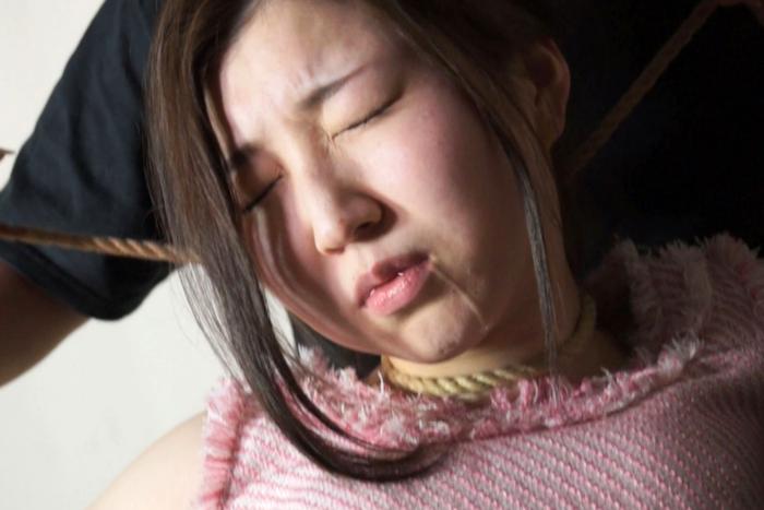 【700ptsOFF!】首絞め首吊り強姦7 サンプル画像06