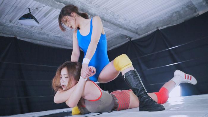 女子プロレス キャットファイト 卯水咲流 鶴田かな