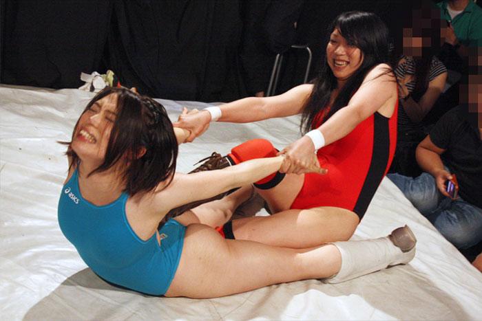 女子プロレス ファイティングガールズ 渡部アキ ドラゴン恭子