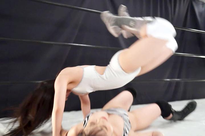 ファイティングガールズ 女子プロレス パンサー理沙子vs雨宮留菜 グラドル