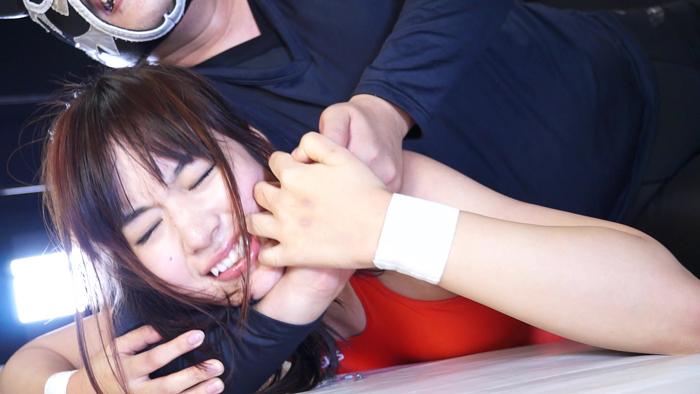 覆面男対決 ファイティングガールズ 女子プロレス 夏目雅子 また開き