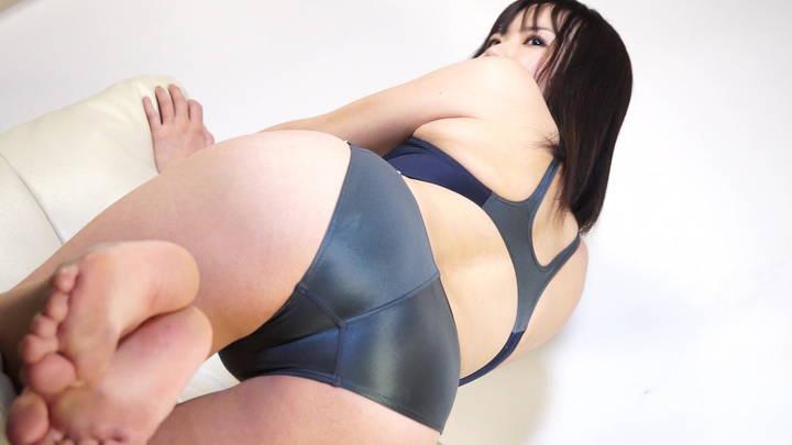 キャットファイト 女子プロレス  桃井うさぎ イメージ 水着 Fカップ