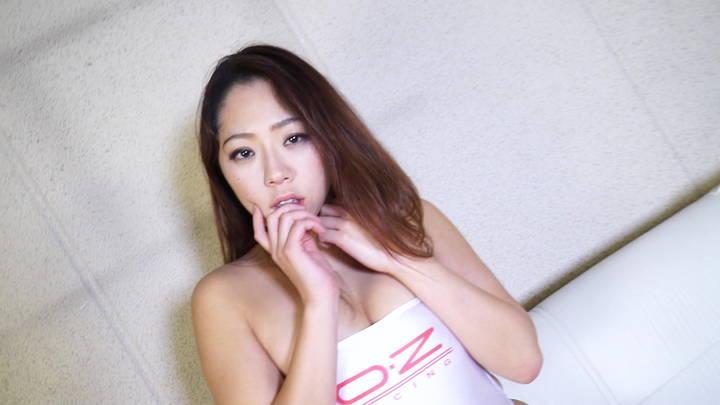 キャットファイト 女子プロレス  白いん子 イメージ 水着