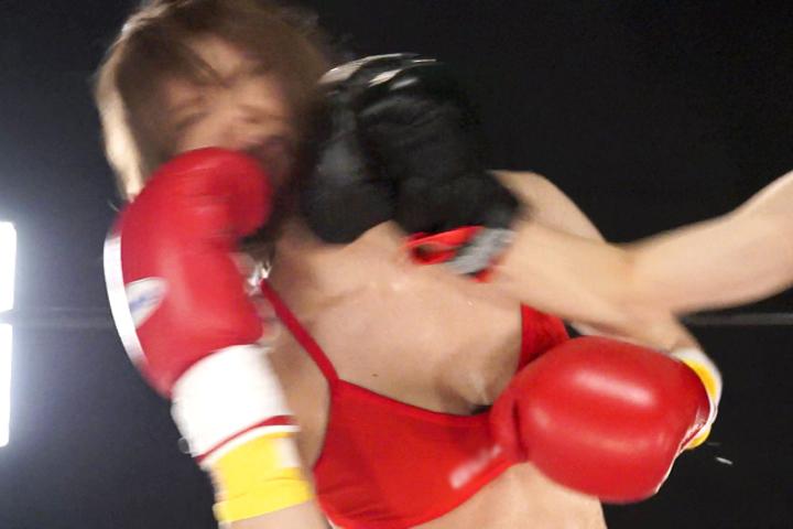 女子ボクシング 瞳りん ダウン ビキニ