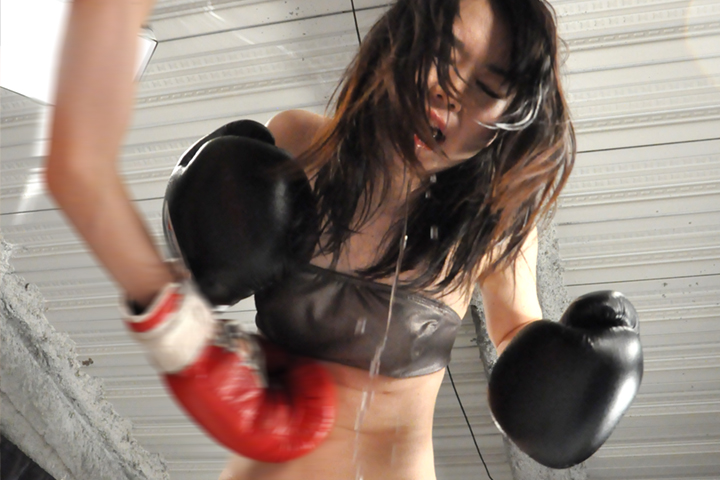 女子ボクシング 沙倉くるみ 腹パンチ 悶絶