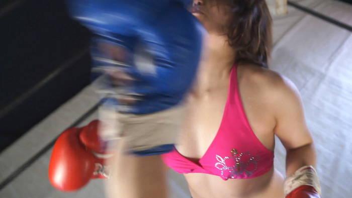 女子ボクシング 牧野あやね アッパーカット