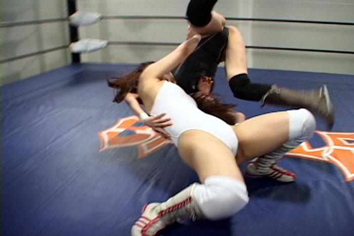 女子プロレス キャットファイト 中居ちはる 渥美イオン  リンコス姿 投げ技
