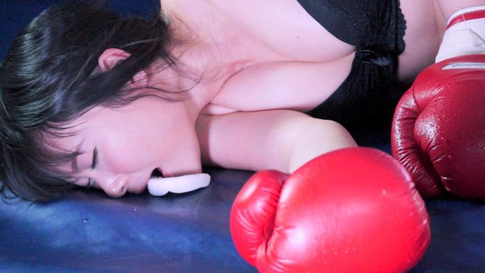 女子ボクシング なつめ愛莉 ダウン