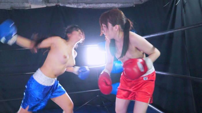 女子ボクシング トップレス 桜木優希音  松井レナ 右フック