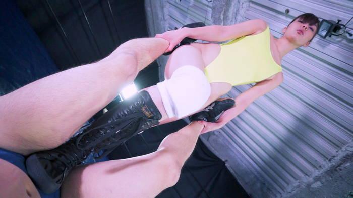プロレレス M格闘 セクシー 美脚  卯水咲流 電器アンマ