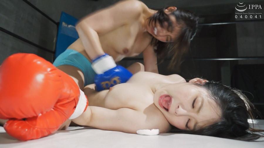 女子ボクシング 豊中アリス  浅倉真凛 トップレスボクシング 美乳