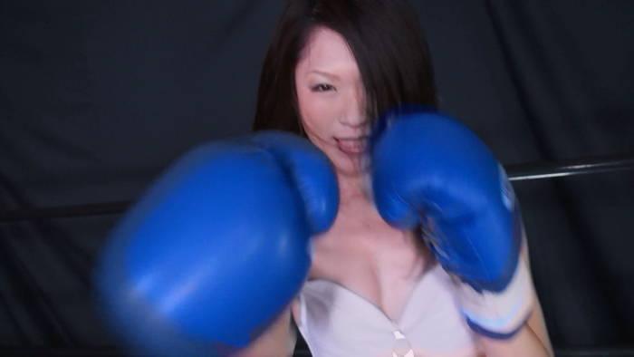 MIXボクシング 右ストレート 柊衣織
