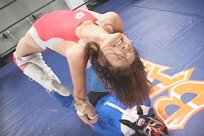 女子プロレス 男対決 ミックスキャットファイト 桐島樹莉 ハイキック