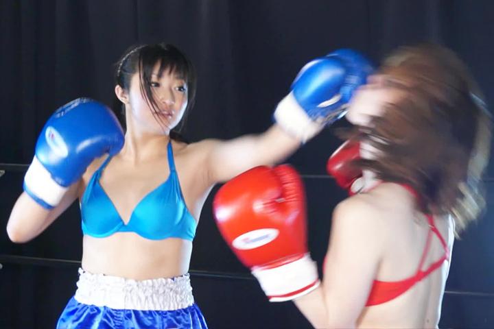 女子ボクシング トランクス 金城真央  南美穂 左フック