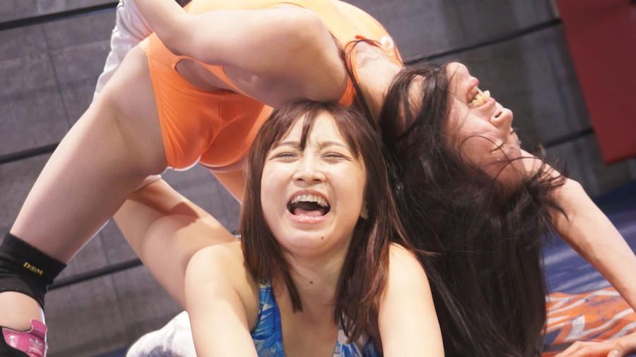女子プロレス 巨乳 競泳水着