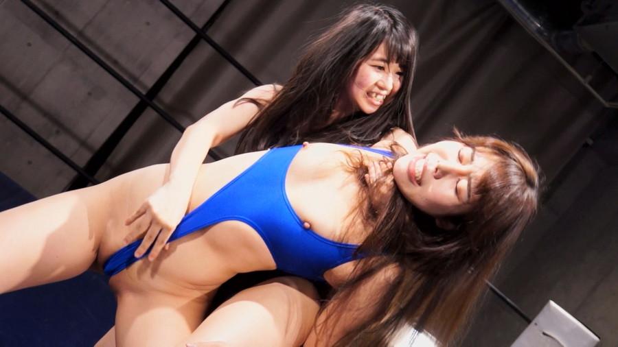 女子プロレス 巨乳 トップレス 城山若菜 浅倉真凛
