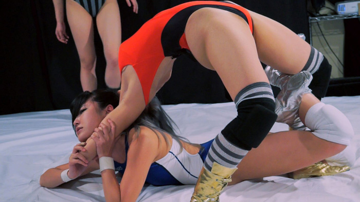 女子プロレス 第五試合 YUE 春川せせら