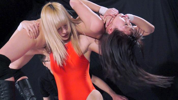 女子プロレス キャットファイト YUE 新垣ひとみ 大車輪