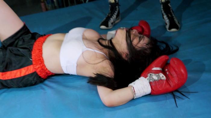 トップレスボクシングボクシング 久我かのん  前田あこ  巨乳
