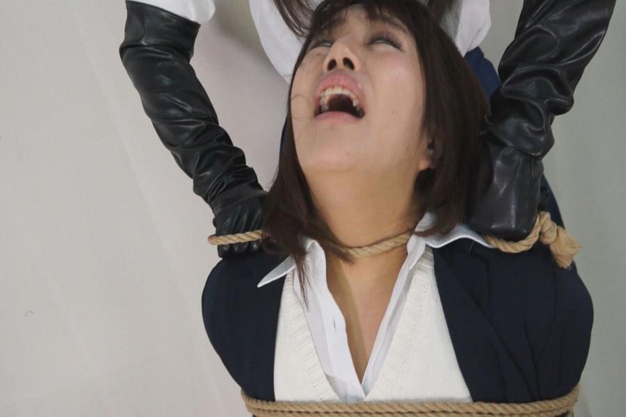 【700ptsOFF!】黒革手袋のレズビアン 首絞め拷問責め5 サンプル画像06